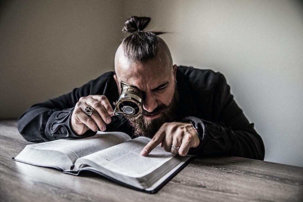 SI VOUS AVIEZ PLUS DE TEMPS POUR LIRE LA BIBLE QUE VOUS NE LE PENSIEZ?